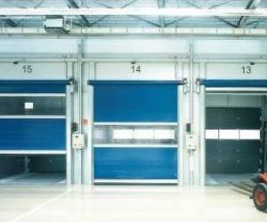 Reparamos e instalación de todo tipo de puertas rápidas