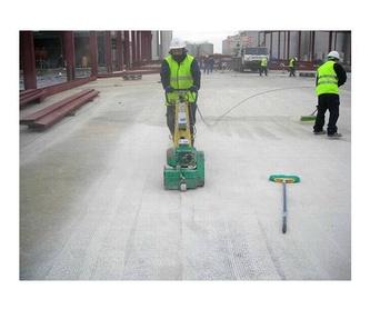 Señalización de suelos: Servicios de Elite Revestimientos Continuos, S.L.