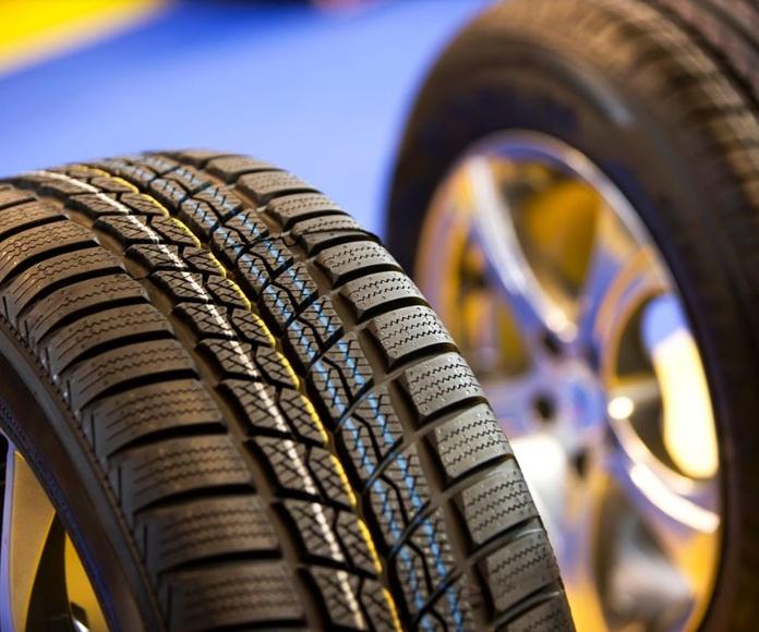 Neumáticos: Servicios de Talleres Damar
