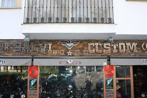 En Córdoba Salvi Custom