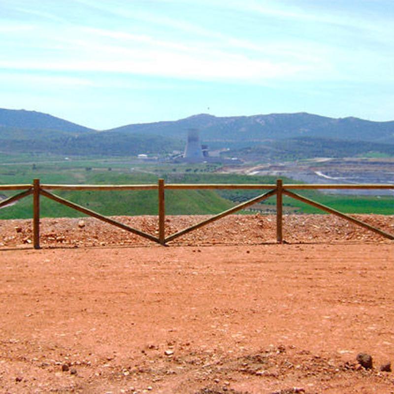 Cerramientos de Madera: Productos y servicios de Ferretería y Mallas Portillo