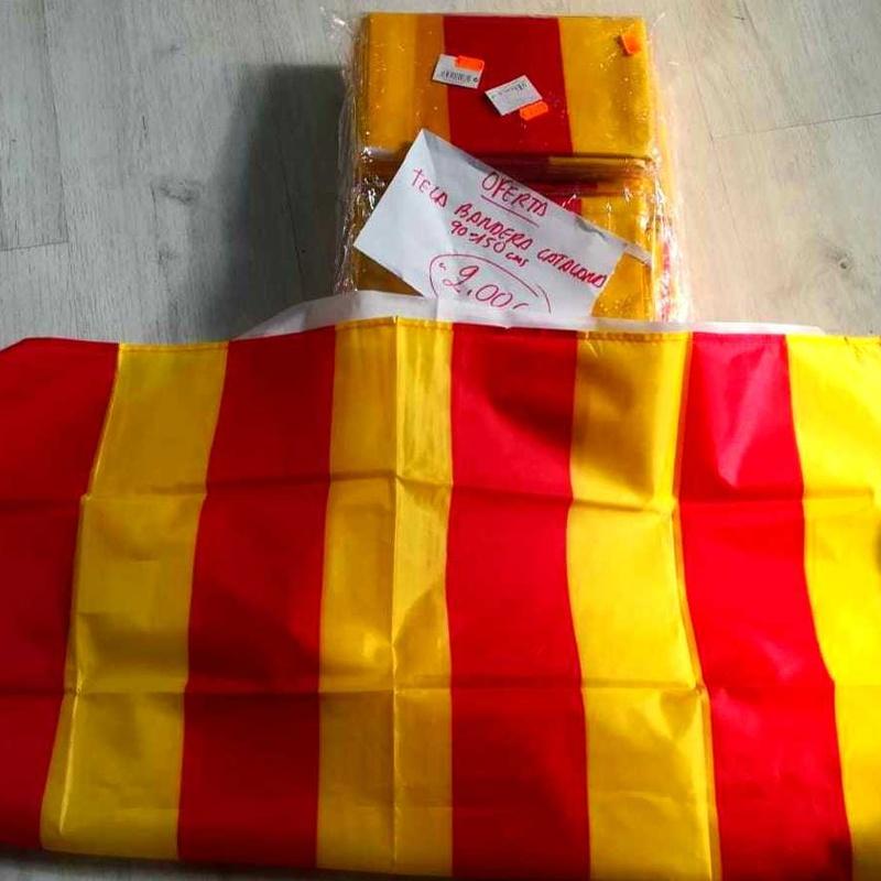 Tela Bandera Catalana MEDIDAS:1,50 x 0,90 m. PRECIO: 2,00 €