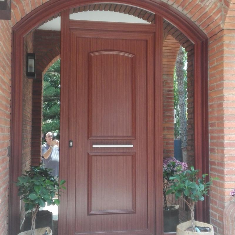 Puertas de entrada: Servicios de Disseny Amb Vidre