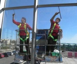 Limpieza de cristales en altura en Murcia