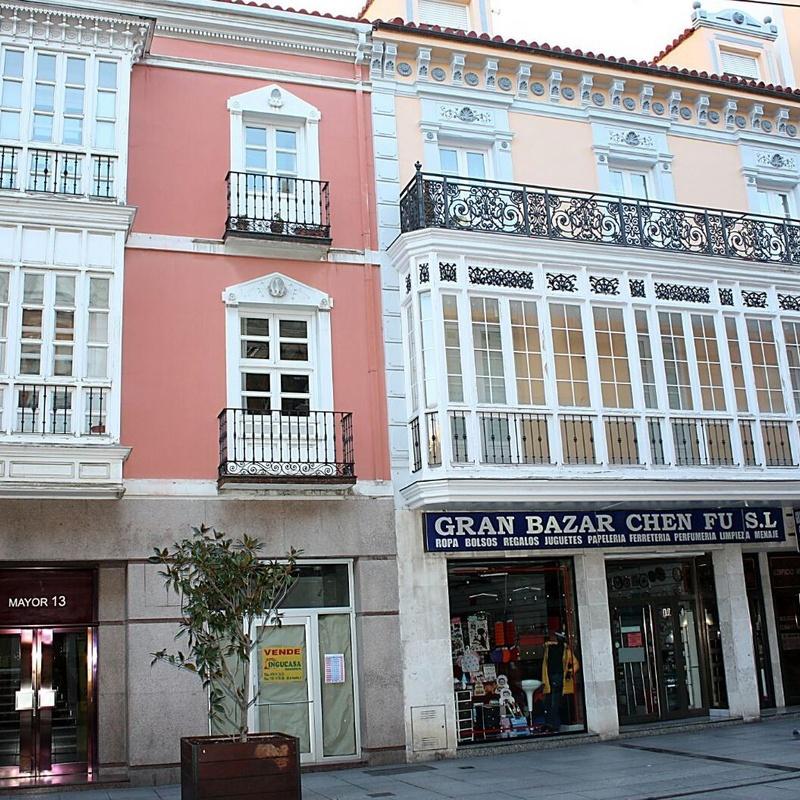 Derecho de extranjería: Servicios de Calvo y Calle Abogados