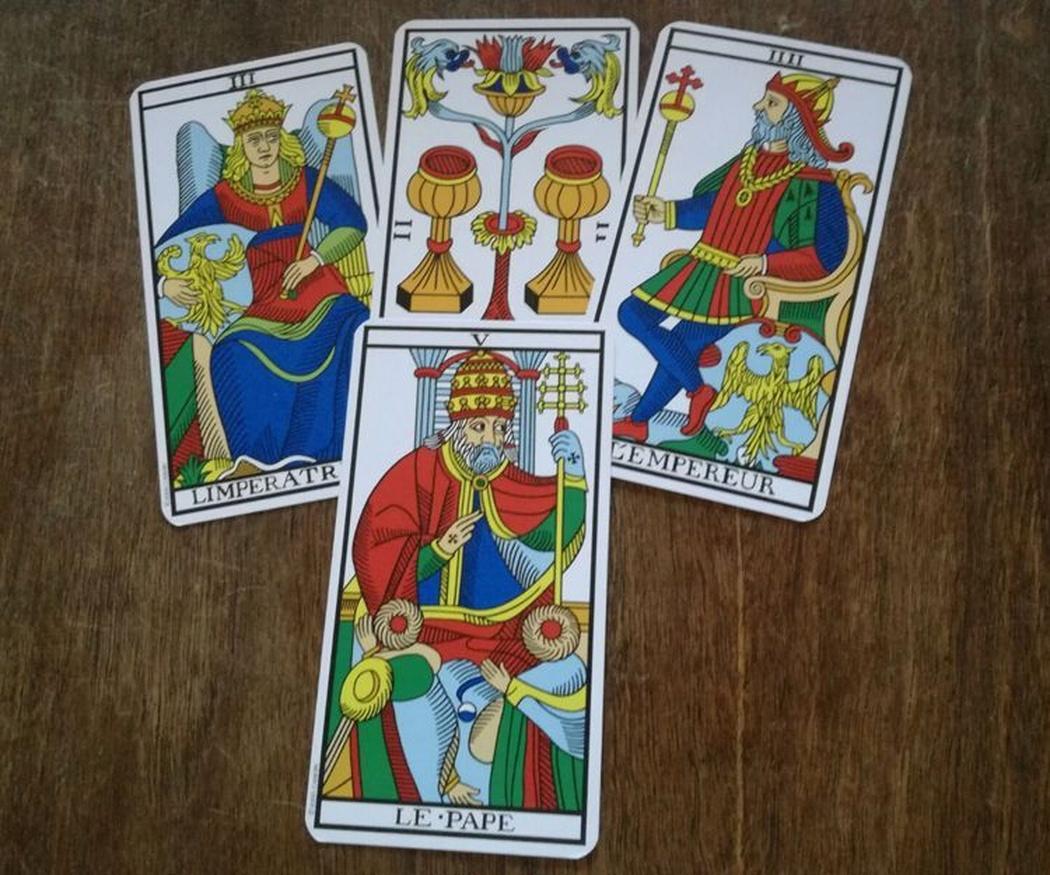 ¿Sabías que existen diferentes barajas de Tarot?