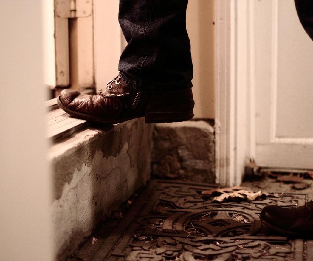 Por qué dejar la llave bajo el felpudo es una mala idea