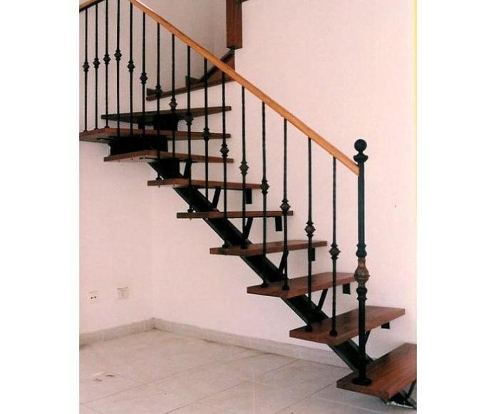 Escaleras: Productos y servicios de Industria Herremetálica, S.L.