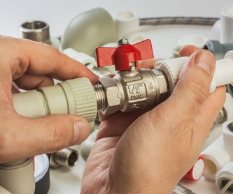 Instalación y reparación de antenas: Servicios de AVH Instalaciones