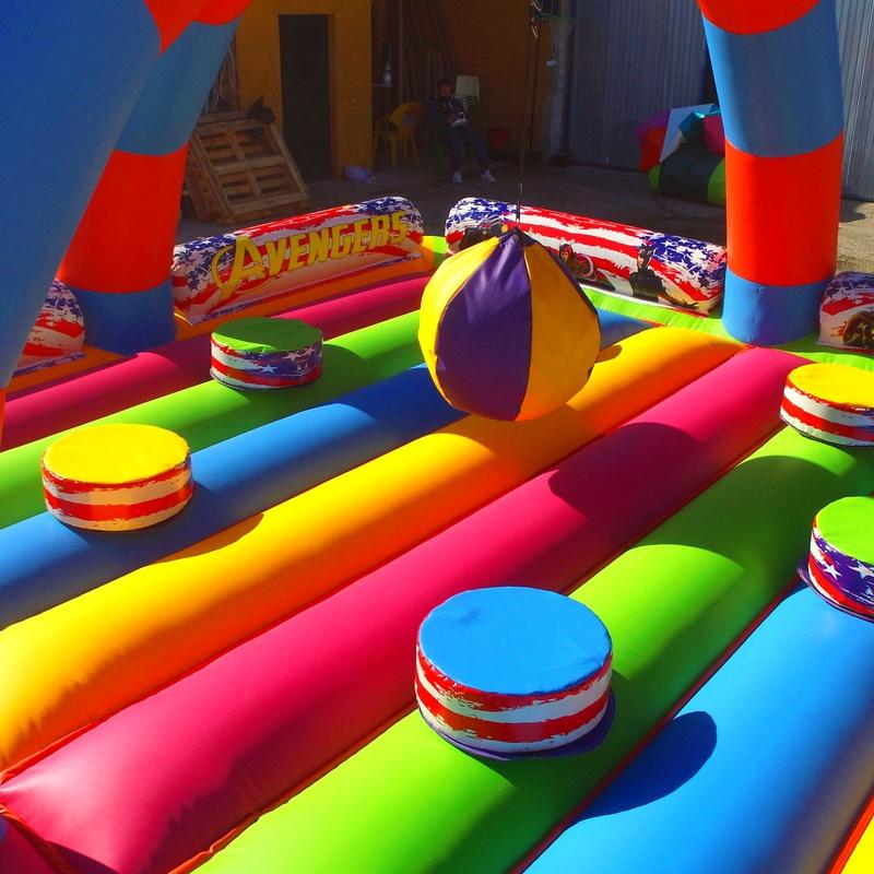 Castillo Hinchable Gladiadores: Catálogo of Hinchables Happy Jump