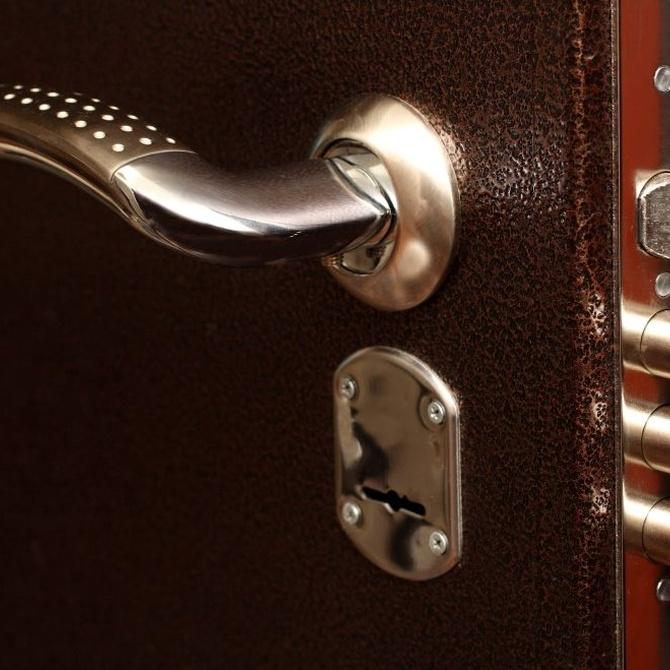 La seguridad de las puertas blindadas