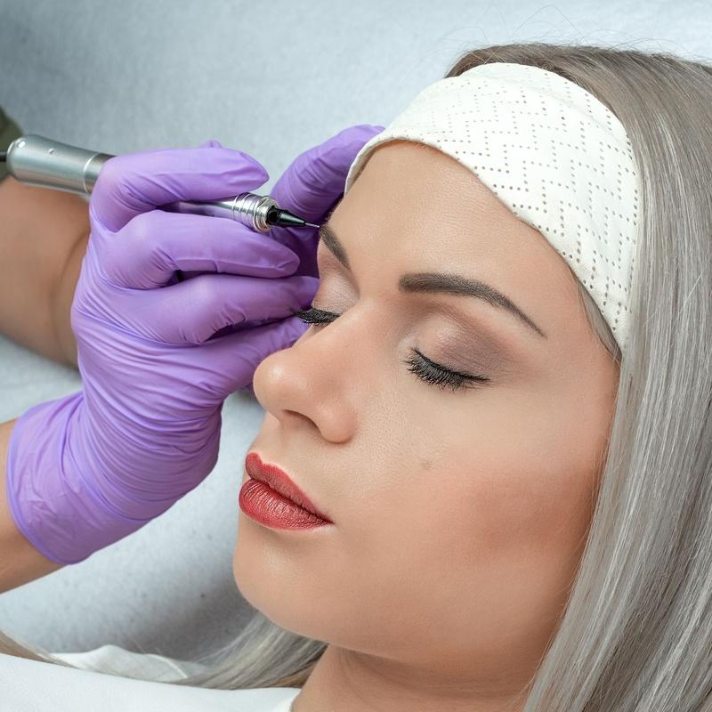 Micropigmentación Cejas : Servicios de Esther Ruiz Peluquería y Estética