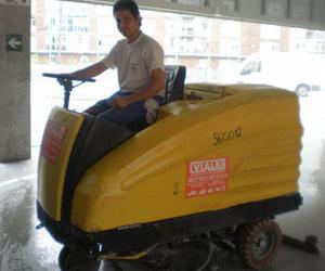 Disponemos de la mejor maquinaria para los suelos más exigentes