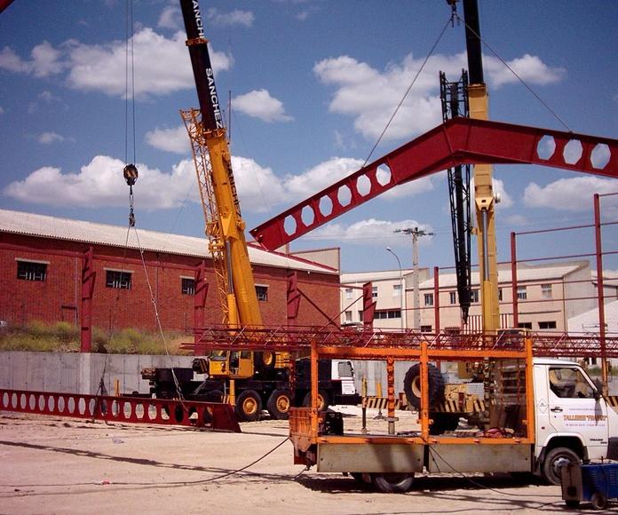 Naves industriales y agrícolas: Servicios del Taller de Talleres Franco Cobos
