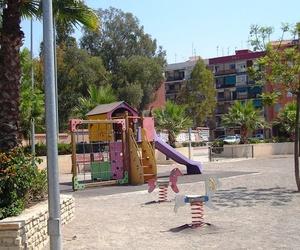 Construcción de parques infantiles