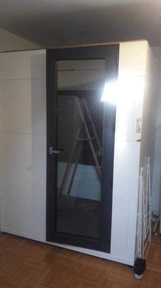 Desmontaje de cabina insonorizada  Mudanzas Ángel Ruiz