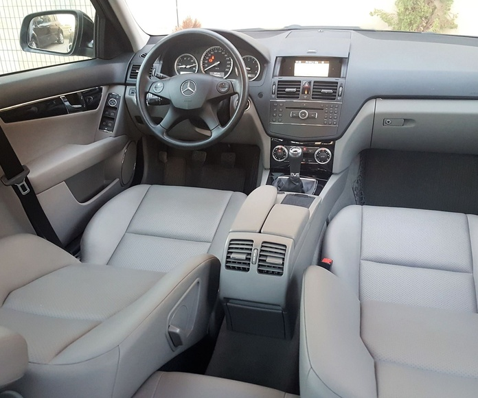 Mercedes c200 CDI AVANTGARDE: Venta de vehículos de Luxury Cars DG