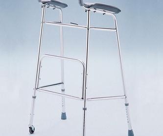 Andador de aluminio con asiento: Catálogo de MSB Mundo Sin Barreras