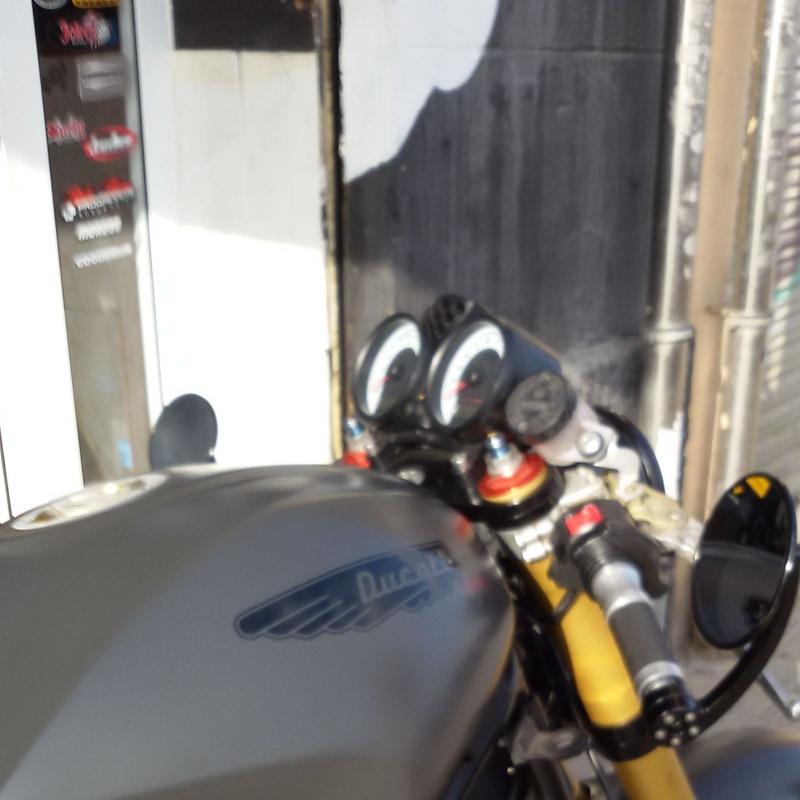 personalizacion de motos, venta de motos custom, venta de motos caferacer, construccion de motos,
