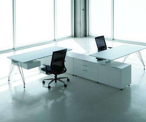 Mesa de oficina modelo BK A1
