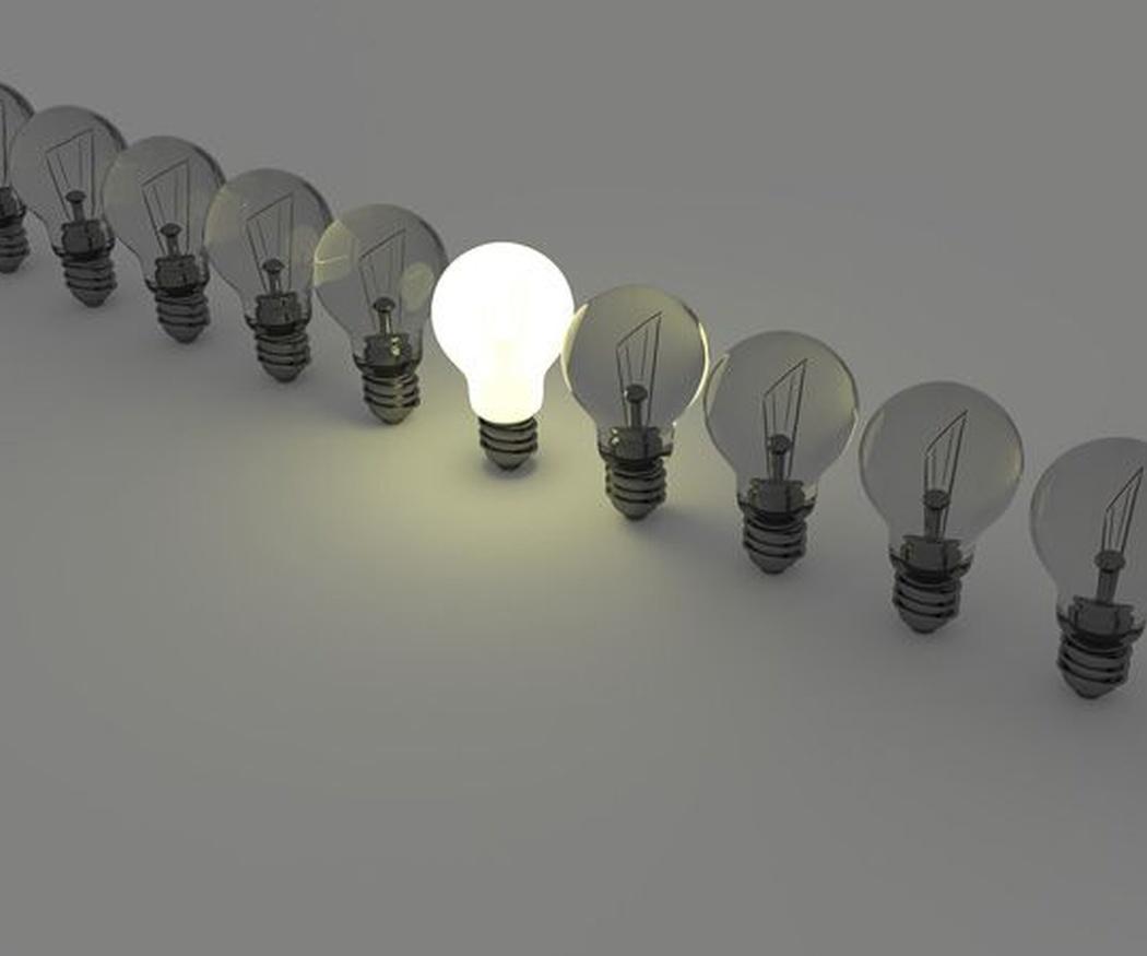 Consejos para escoger la bombilla ideal para tus lámparas