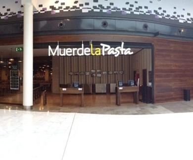 Muerde la Pasta C. C. As Cancelas Santiago de Compostela, La Coruña.