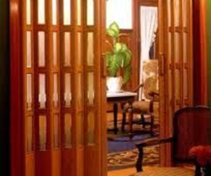 Puerta plegable: Catálogo de Persianas y Toldos Venecia