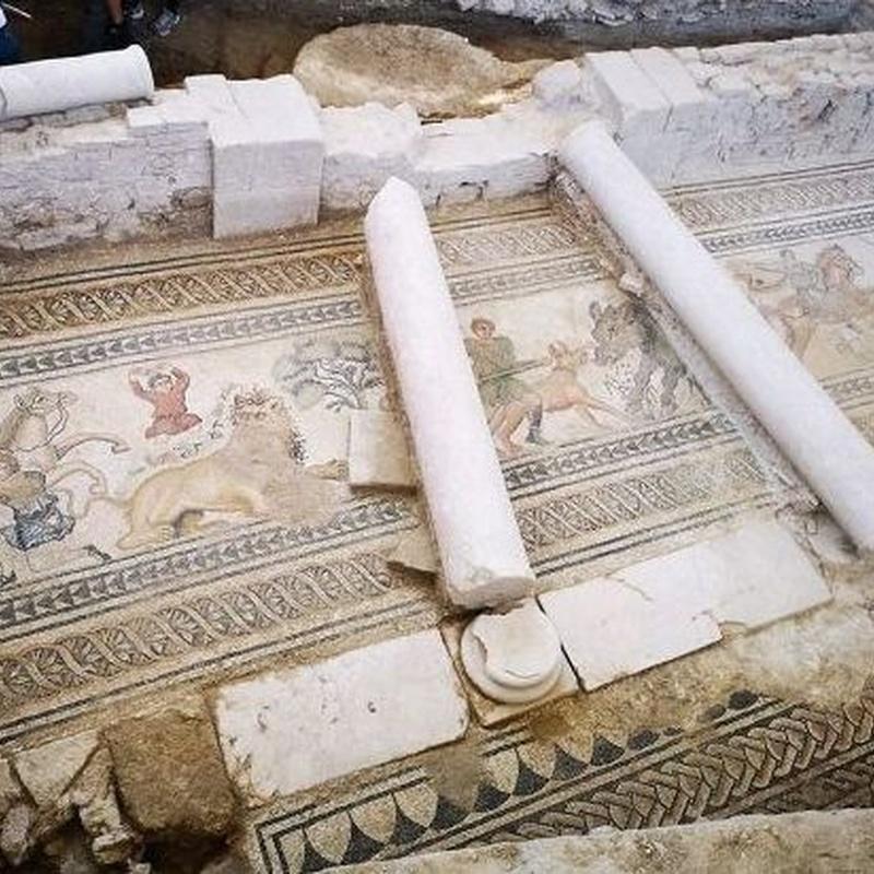 Pasillo occidental del Peristilo: Turismo arqueológico de Villa Romana de Salar
