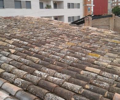 REPARACION E IMPERMEABILIZACION DE UN TEJADO CON MULTIPLES GOTERAS EN TORRENT (VALENCIA)