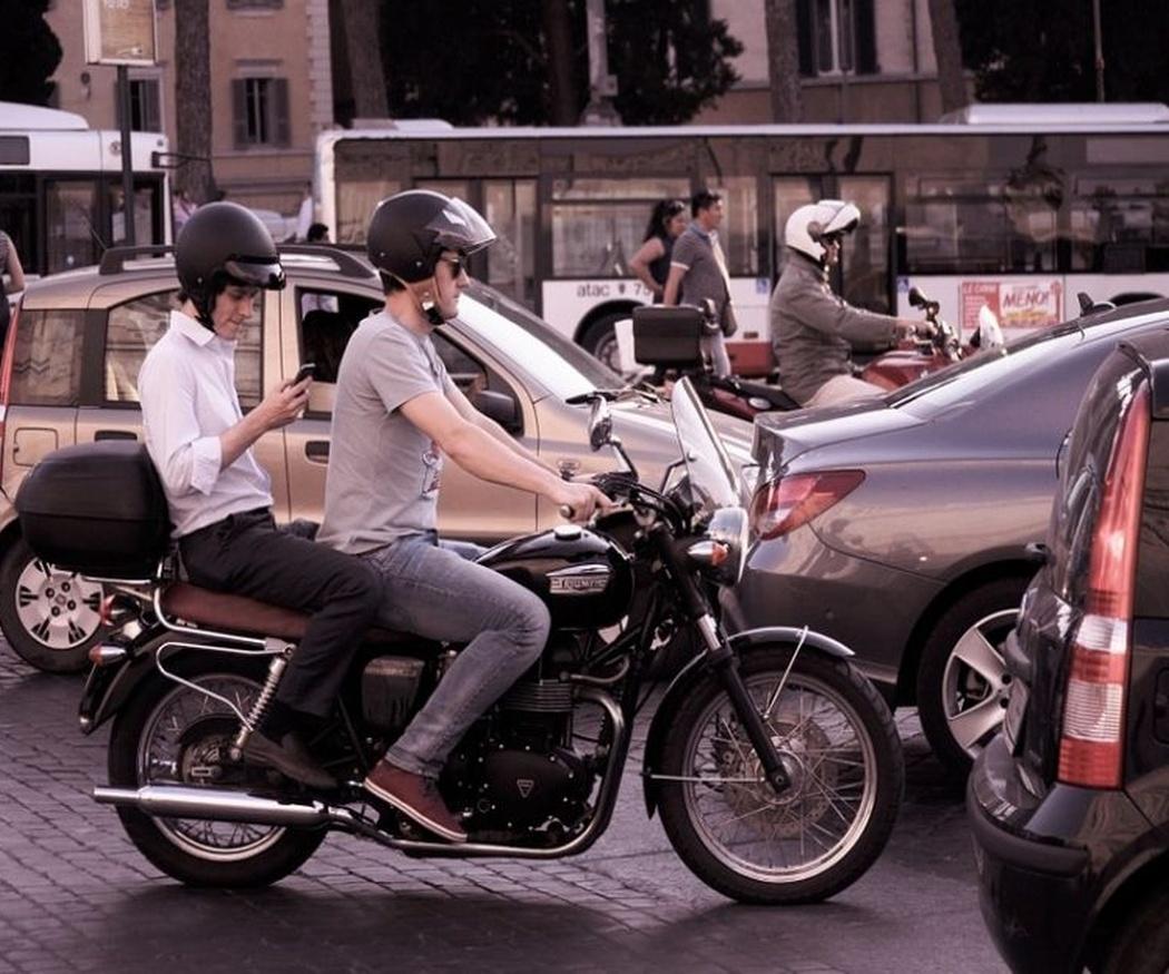 La necesidad de concienciar al resto de conductores sobre la seguridad de los motoristas