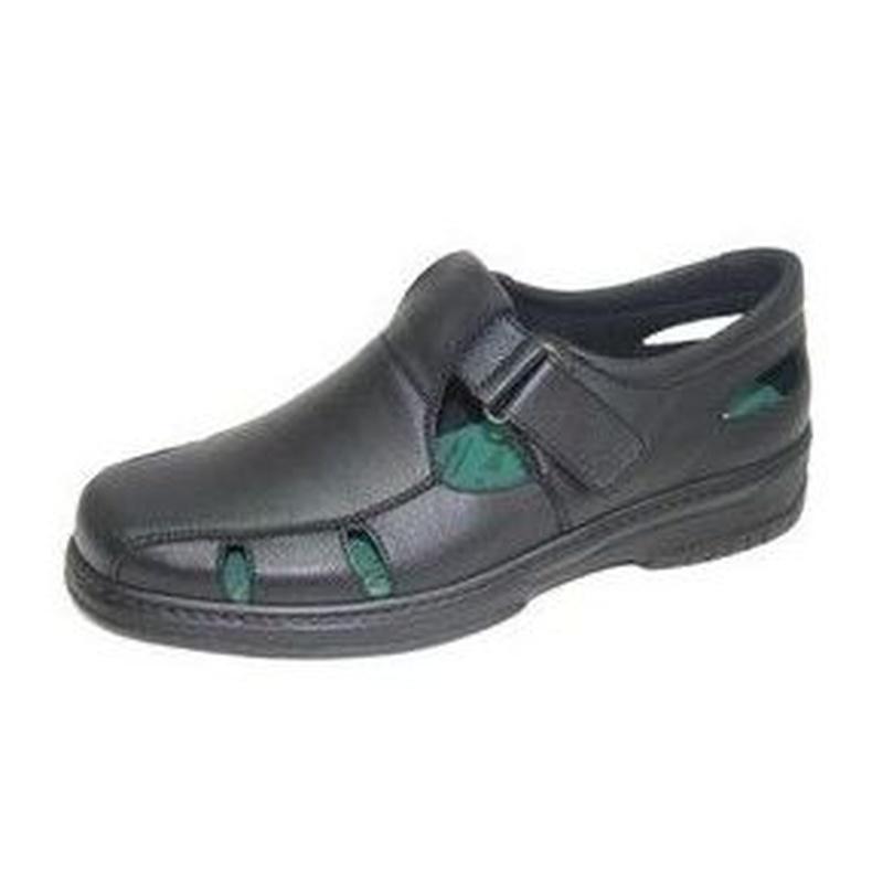 Sandalia estilo pulsera con pala perforada