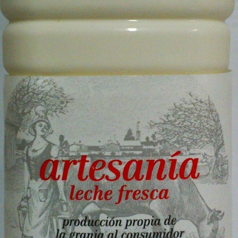 Botella leche fresca 1,5 litros: Nuestros productos de Lácteos Artesanía