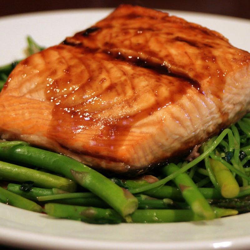 Carnes y pescados: Nuestras especialidades de Quitapenas Gastrobar