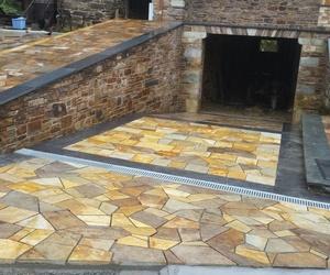 Solado  y chapado en piedra en Lugo