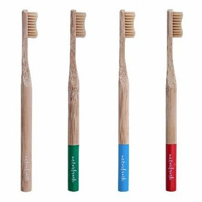 Naturbrush, raspalls de dents 100% biodegradables:  de Farmacia Rosa Cinca | Guissona | 365 | 8.30-21