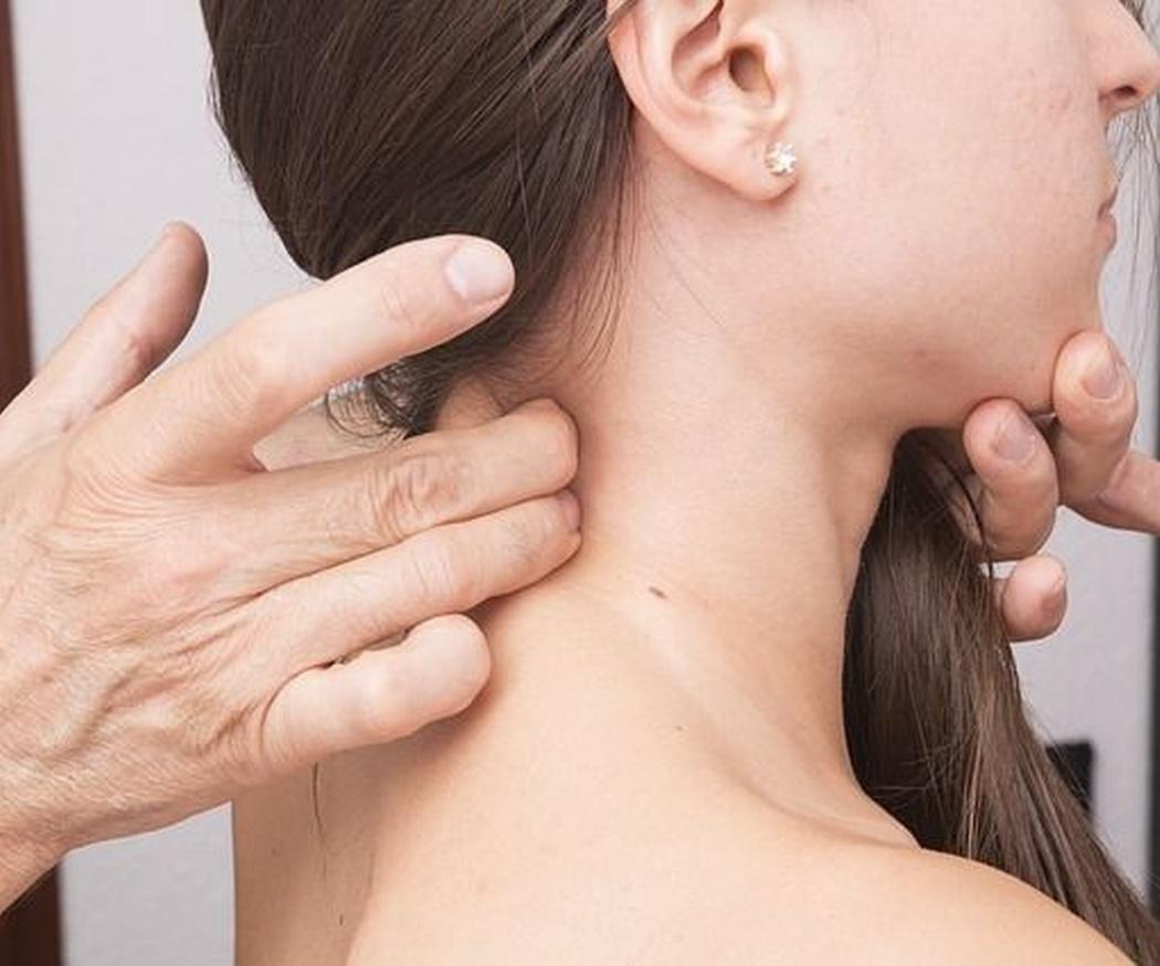 Cómo corregir la rectificación de la lordosis cervical