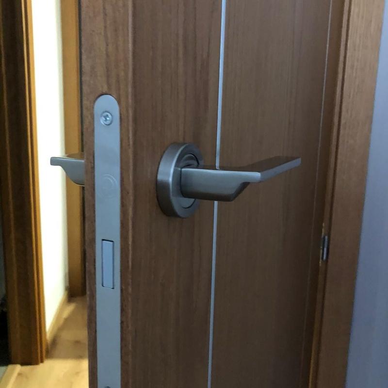 Puertas: Servicios de Fustería Solé