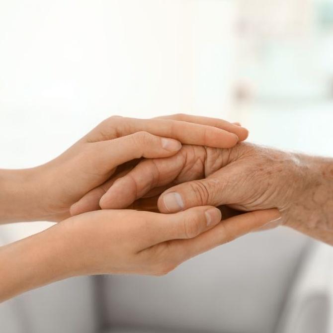 Consejos para evitar las escaras en personas mayores