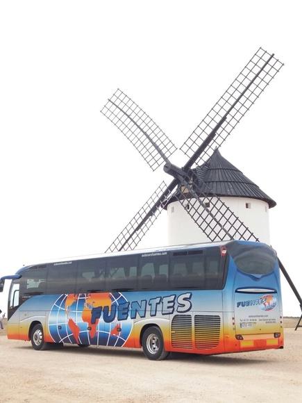 Excursiones dominicales: Servicios de Autocares C. Fuentes