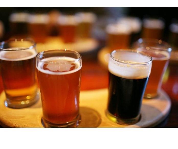 Cervezas y vinos: Carta de Anubis Coctelería