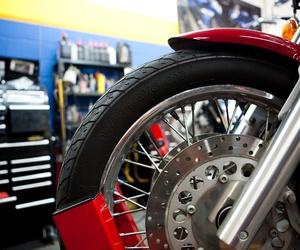 Taller de neumáticos de motos