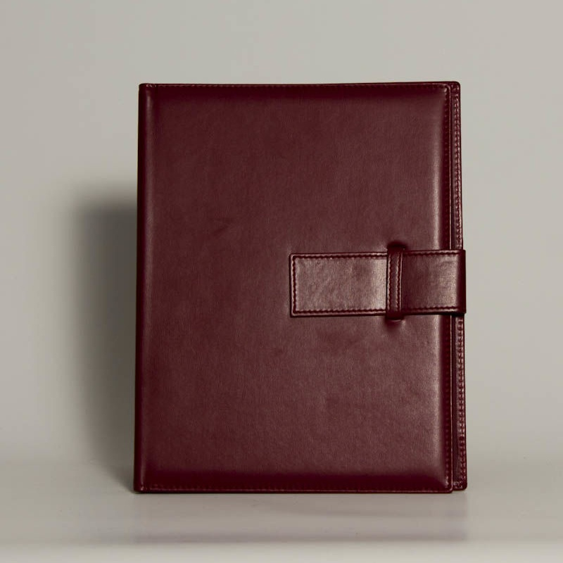 Portafolios PF-01610: Catálogo de M.G. Piel
