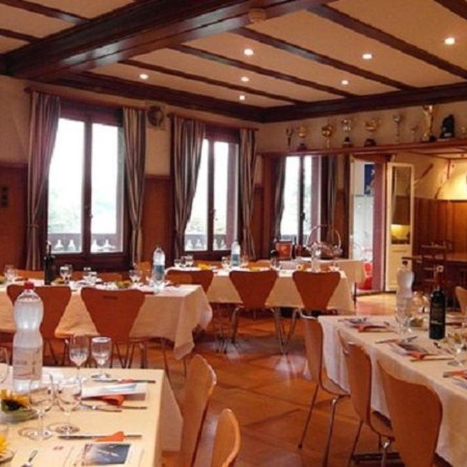 Elegir las mesas más apropiadas para un evento