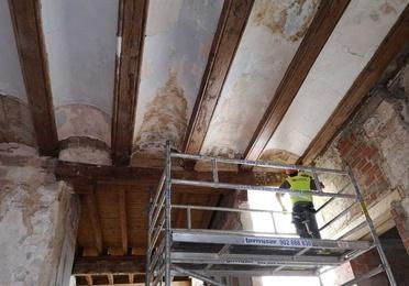Restauración y consolidación de elementos estructurales de madera