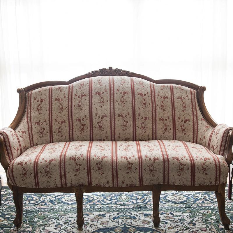 Limpiezas de sofás: Nuestros servicios de Tintorería Saraiba
