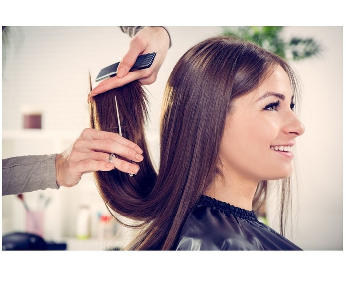 Corte de pelo: Servicios de Peluquería Alfredo González