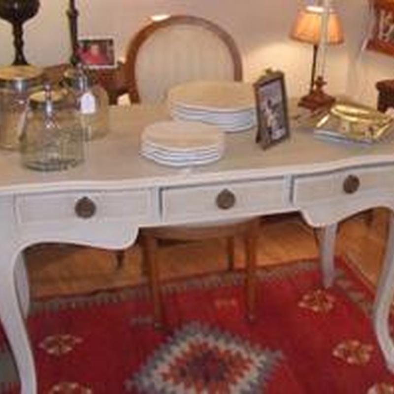 Mesa escritorio gris y blanco: Catálogo de Ste Odile Decoración
