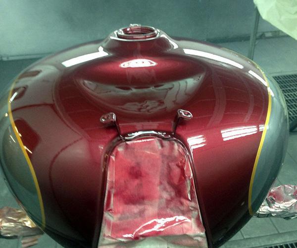 Reparación y pintado de carenados de motos de todas las cilindradas
