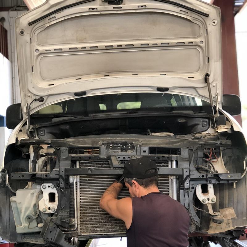 Taller de mecánica rápida: Servicios de Garaje Feria