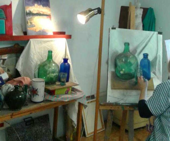 Clases de dibujo y pintura para todas las edades: Exposiciones y artistas  de BCM Art Gallery